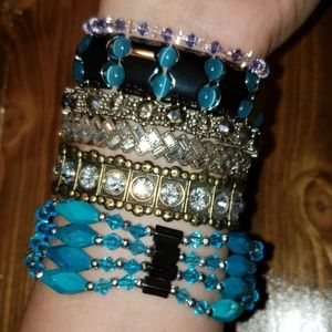 Jewelry - Lot of 7 fashion bracelets